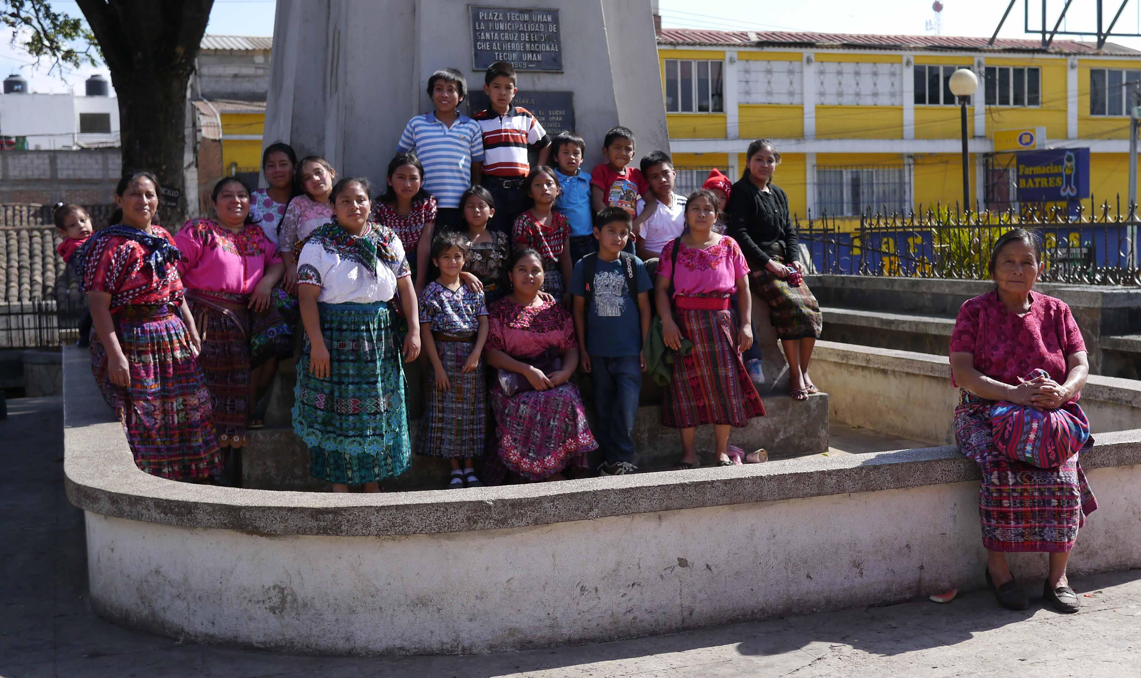 Escort girls in Santa Cruz Del Quiche
