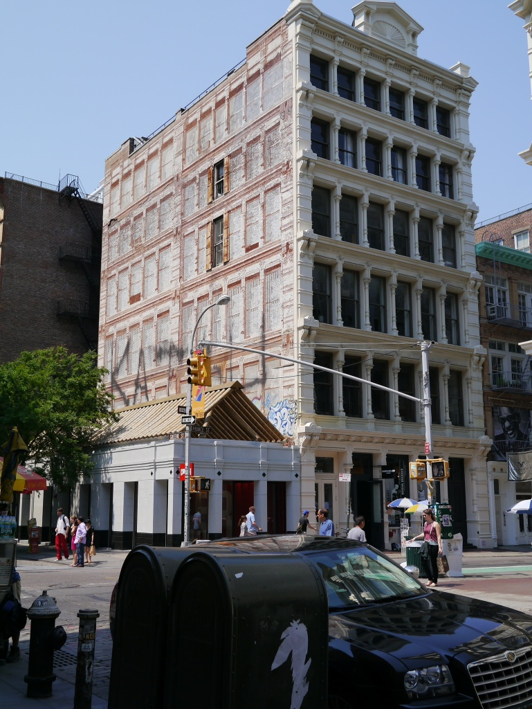 Trompe l'oiel in SOHO NYC...